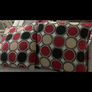 Accent pillows for couch red black gold